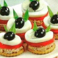 Закусочки для маленьких гостей