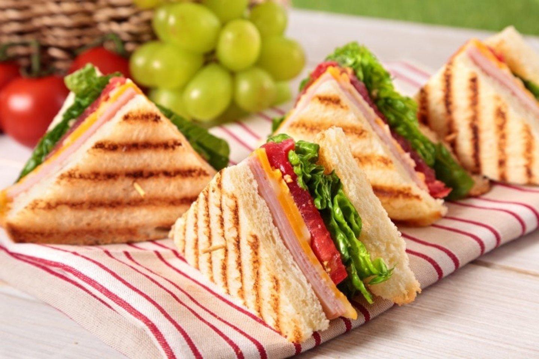 Мини-сэндвич с ветчиной