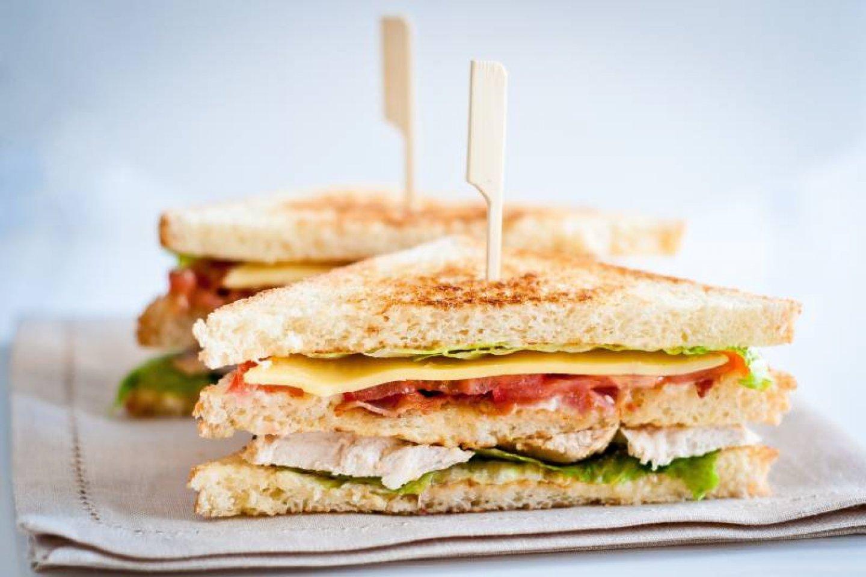 Мини-сэндвич с ветчиной из индейки