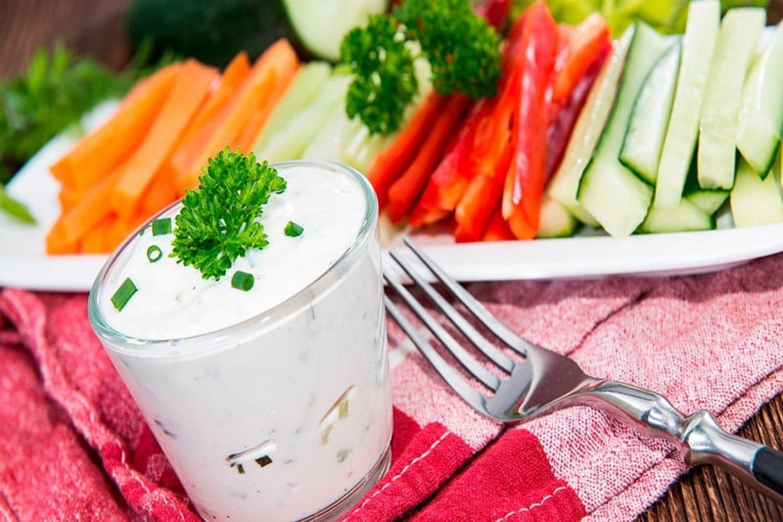 Крудите из овощей с сырным соусом