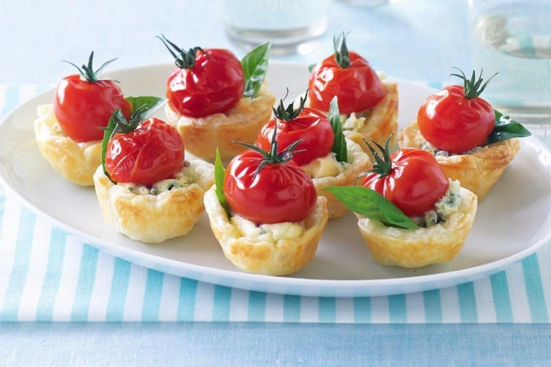 Салат из телятины, с грибами и вялеными томатами