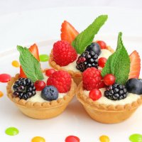 Корзиночка с кремом Маскарпоне и ягодами