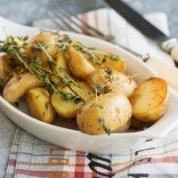 Бэби картофель в ароматных травах