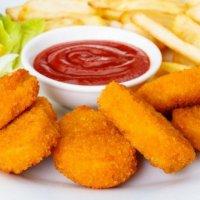 Нагетсы куриные с кетчупом
